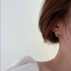 ⚡2/$20 double hoop earrings